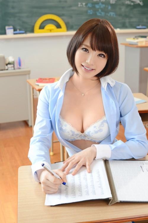 女教師エロ画像20