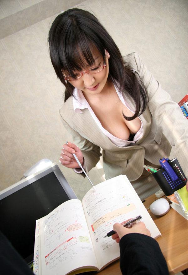女教師エロ画像8