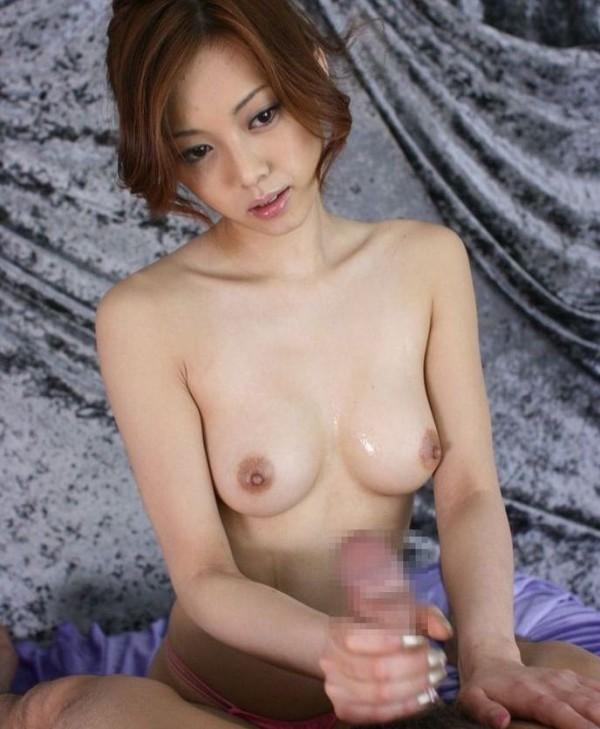 手コキ女子エロ画像10