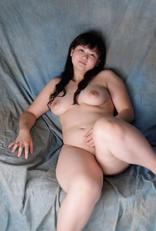 ぽっちゃり女性エロ画像10