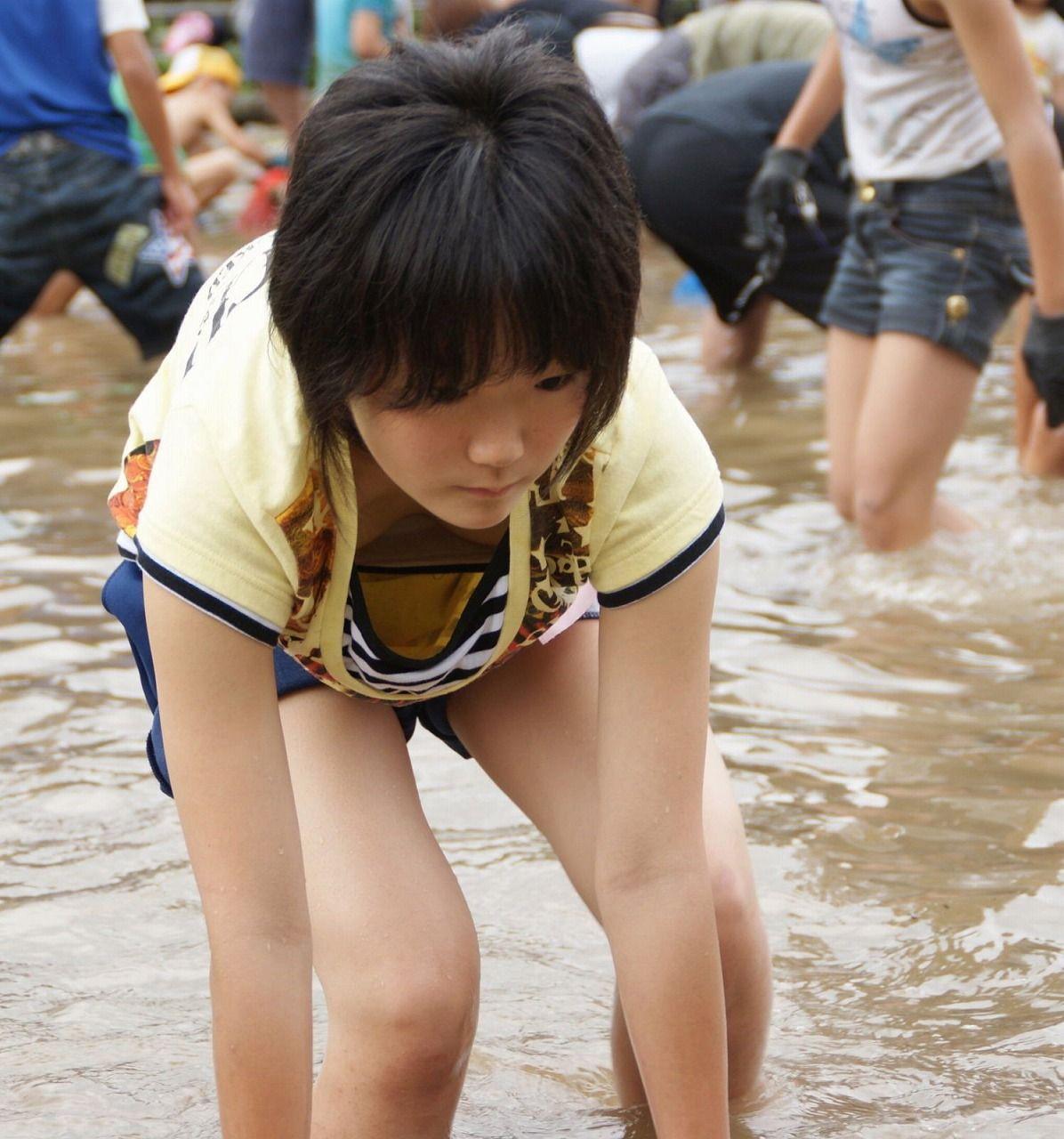 乾布摩擦 裸 小学生 裸で乾布摩擦 | CLOUDY GIRL PICS