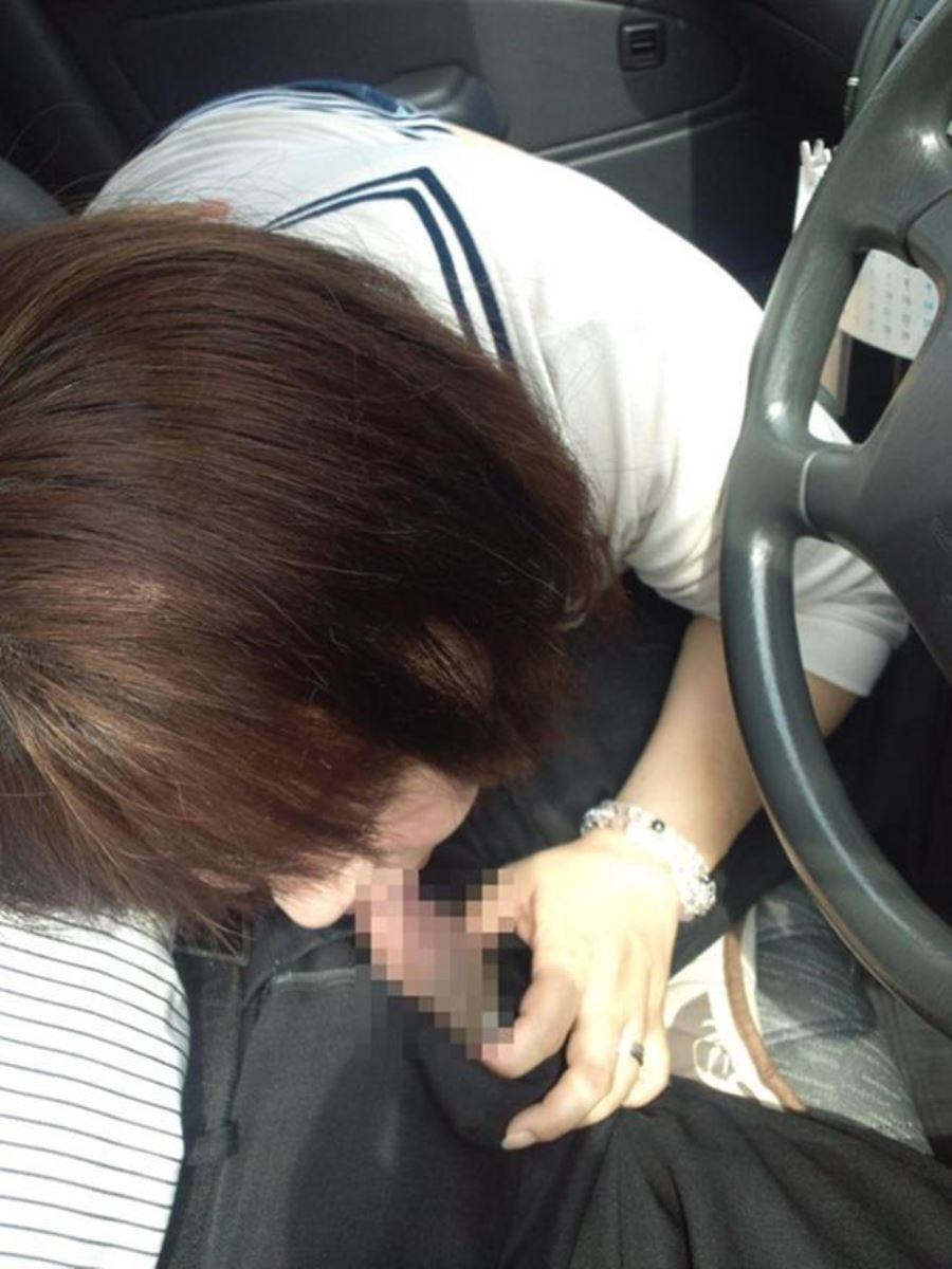 car_interior-fellatio-2281-028