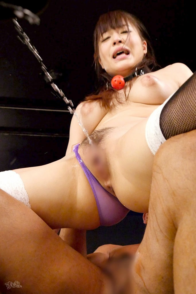 squirt_5348-074