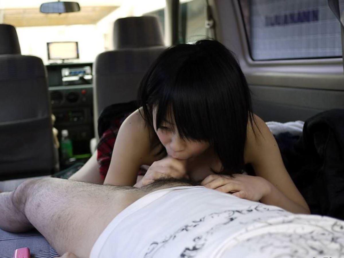 car_interior-fellatio-2281-015