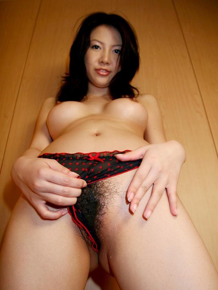 cute_girl-bristle_pussy-2029-015