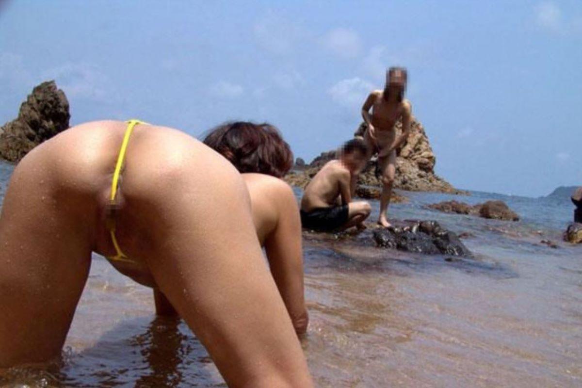 milf_micro_bikini-3692-017