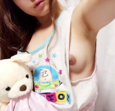 erotic-selfie95