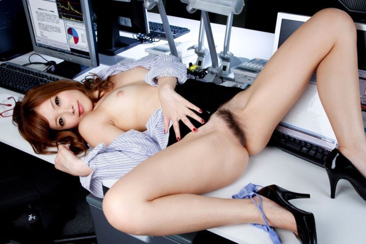 office_lady_vagina-4100-014