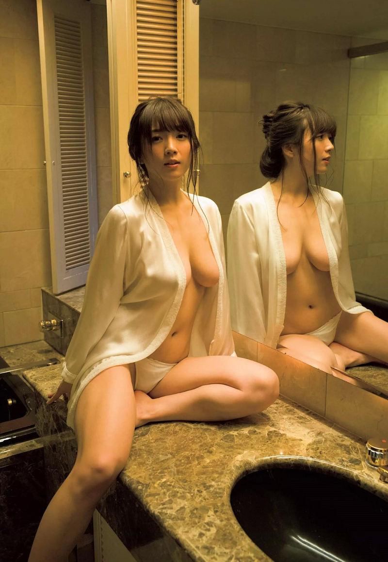 ハミ乳エロ画像032