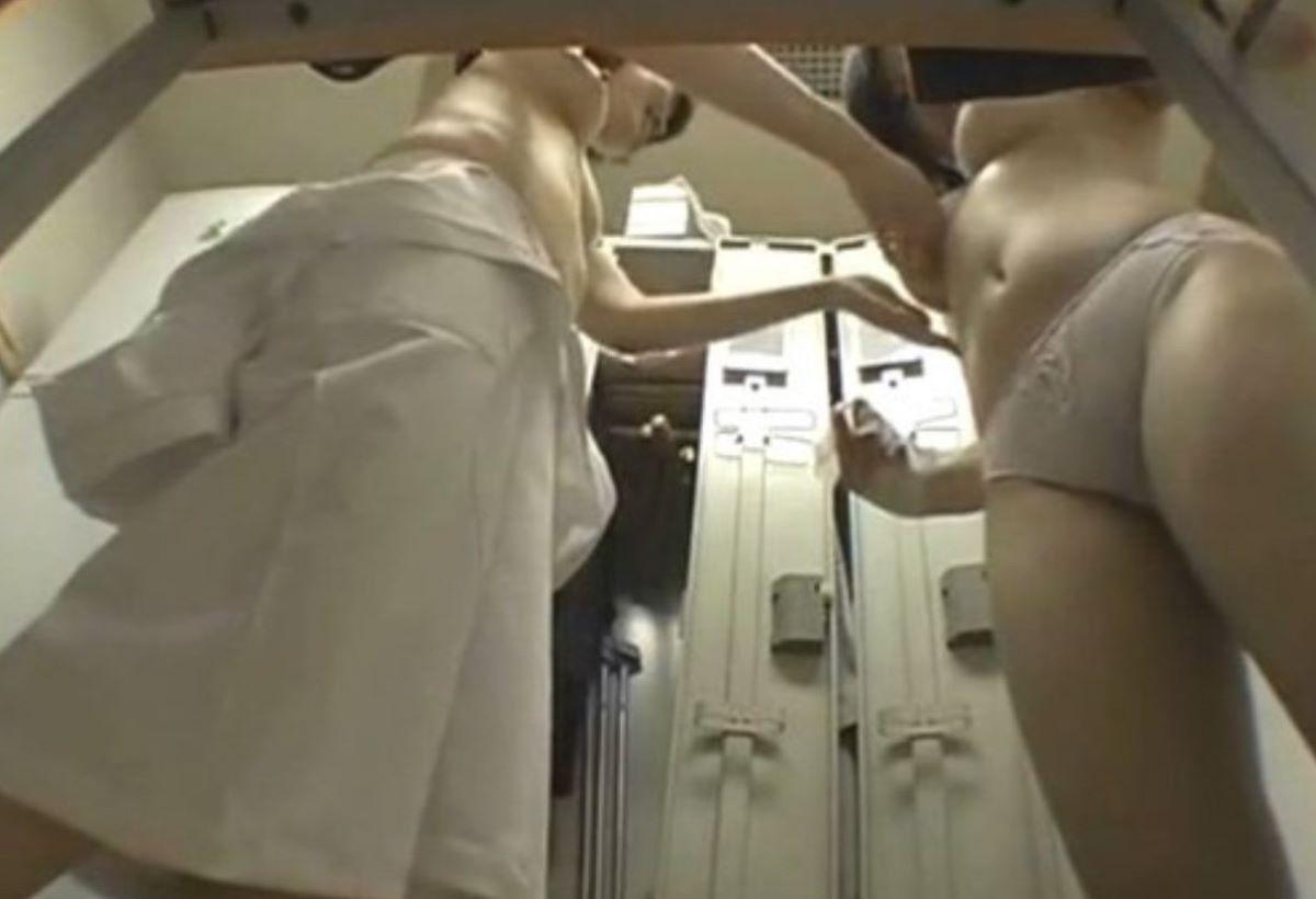 女子更衣室着替え盗撮エロ画像09