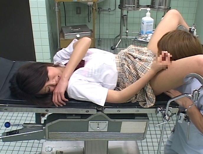セクハラ産婦人科エロ画像14