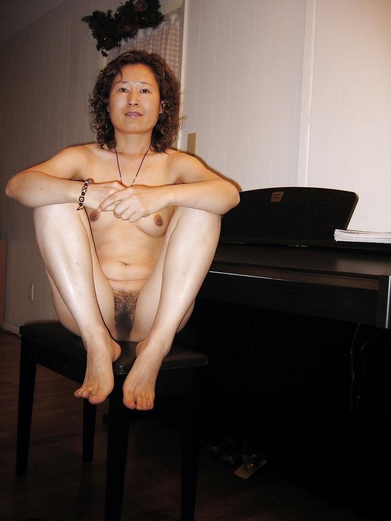本格素人熟女エロ画像16
