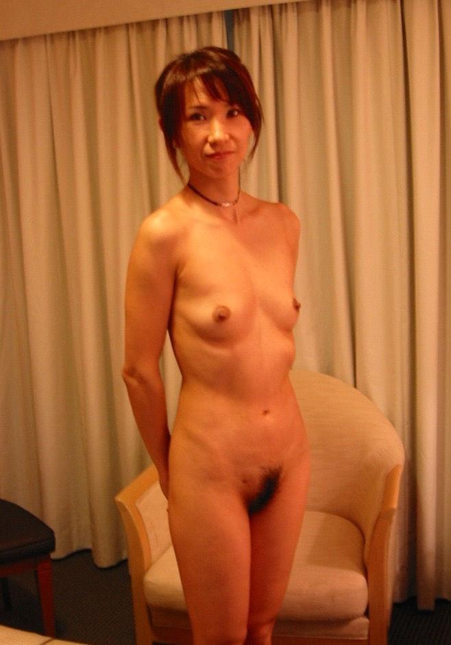 本格素人熟女エロ画像15