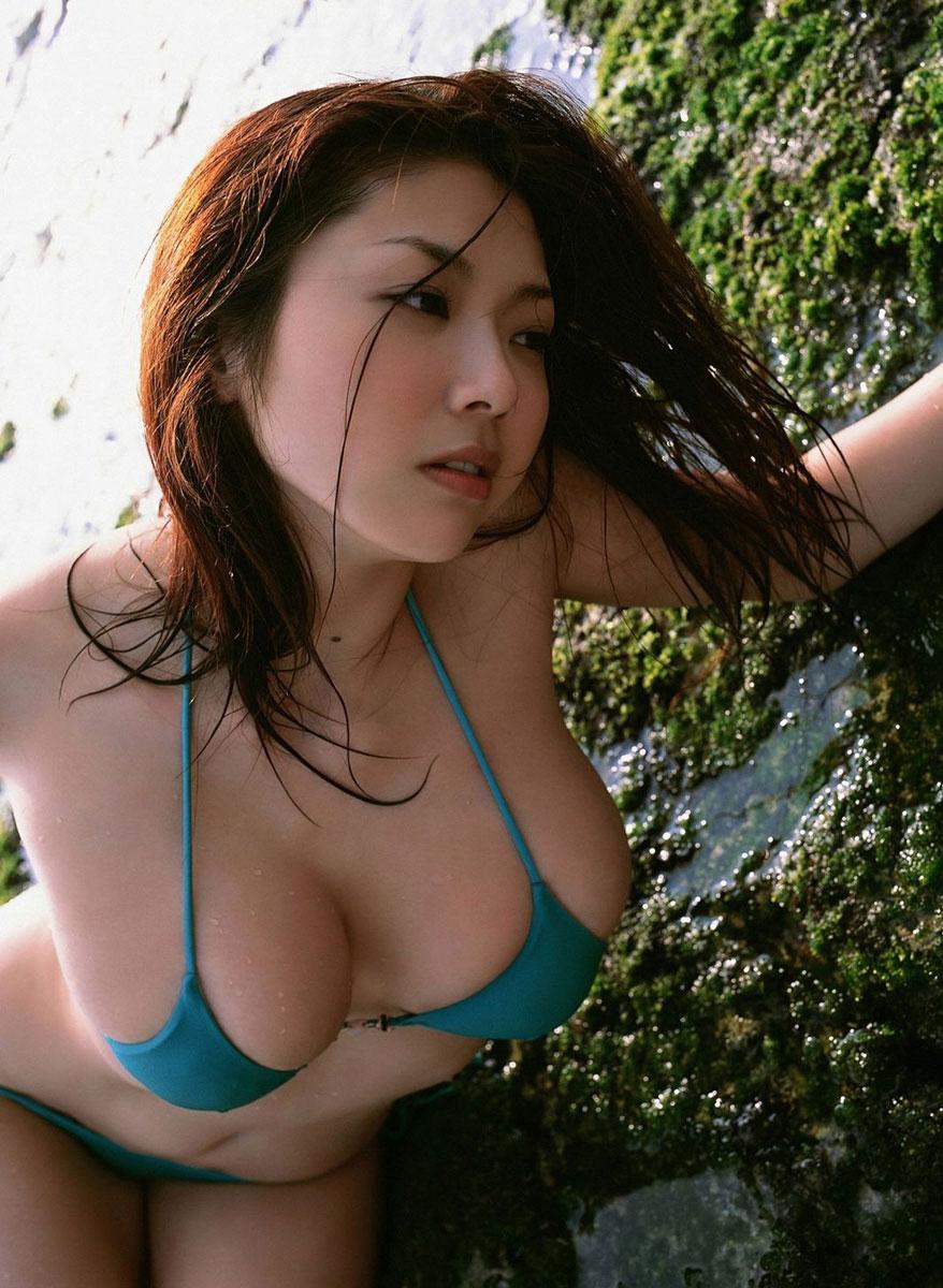 セクシー水着美女エロ画像