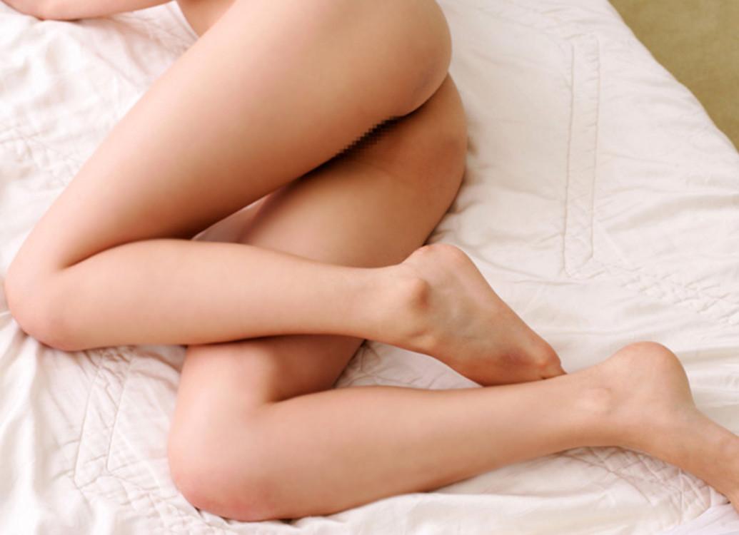 スカート美脚エロ画像