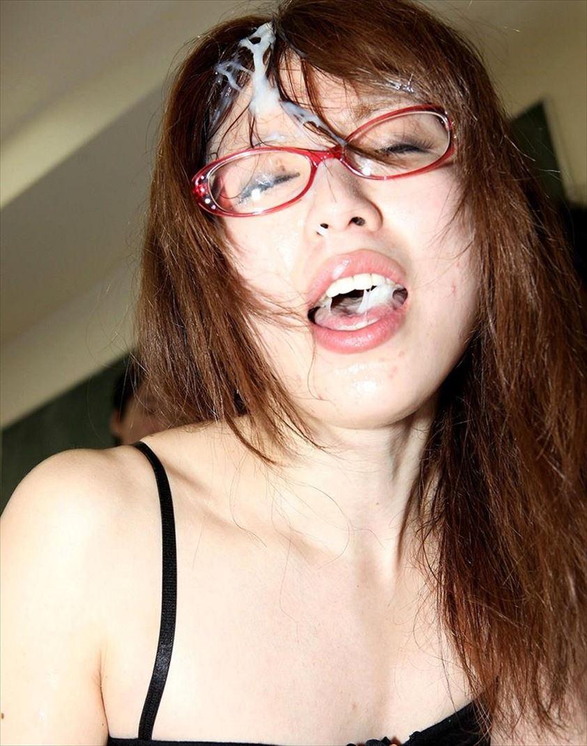 (ガン射)心置きなく射精できるマニア心と欲求をみたす眼鏡の使い方ww